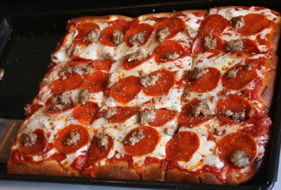 pizza1_thumb_500x338.jpg