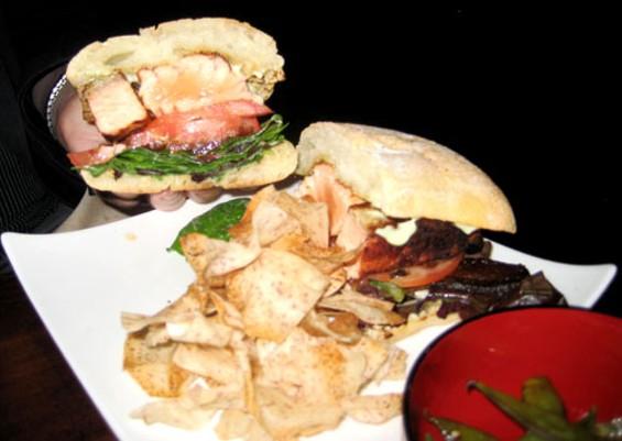 salmon_sandwich.jpg