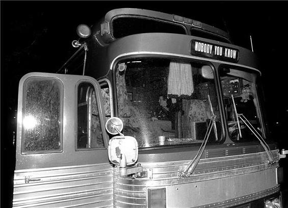 tour_bus.jpg