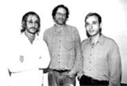 I'd vote for any of these guys over Joe Lieberman: - Danny Goldberg, middle, stands with Warren Zevon, - right, who's signed to Goldberg's Artemis label.