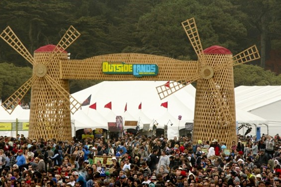 It was foggy and windy on the first day of Outside Lands 2012 - CHRISTOPHER VICTORIO