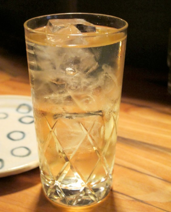 Japanese Whisky and soda highball - LOU BUSTAMANTE