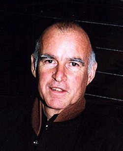 Jerry Brown says he's socking away 95 percent of the money he's fund-raised -- which is a lot
