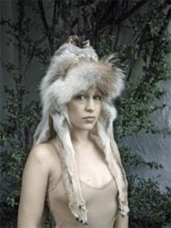 AMY  COBDEN - Joanna Newsom: Baroque accessories.