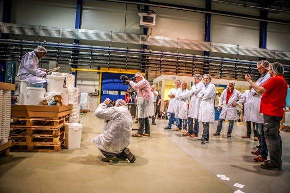 Larry playing his buckets for the HK Plastics crew in Almelo, Netherlands - REMI DE OLDE, HK PLASTICS