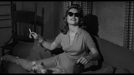 Lee Remick as Laura Manion