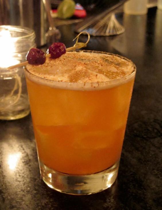Linden Street Crush cocktail - LOU BUSTAMANTE