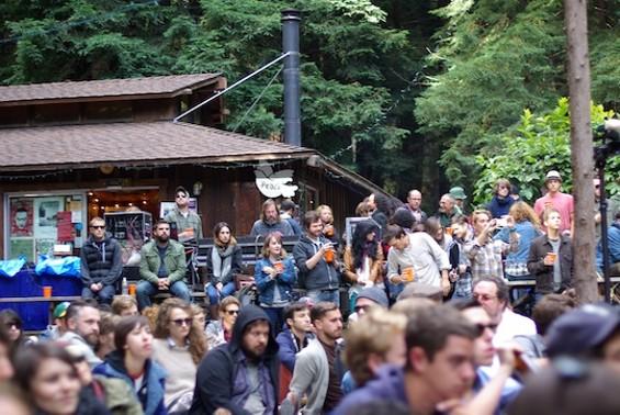 crowd_woodsist_1.jpg