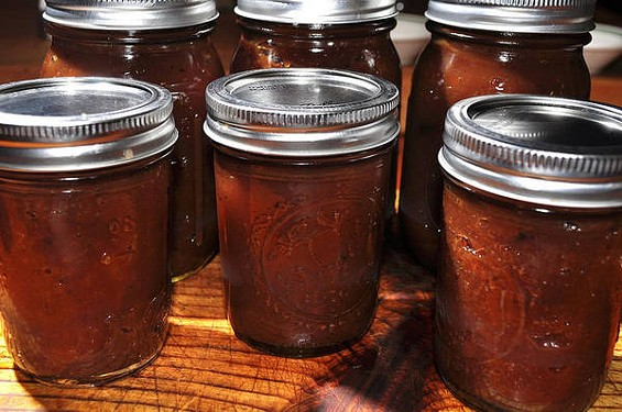 Load apples in your slow cooker today, pack up jars of apple butter tomorrow. - JEFFREYW/FLICKR