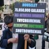 Macworld 2008 Ambles on, Frank Chu Protests
