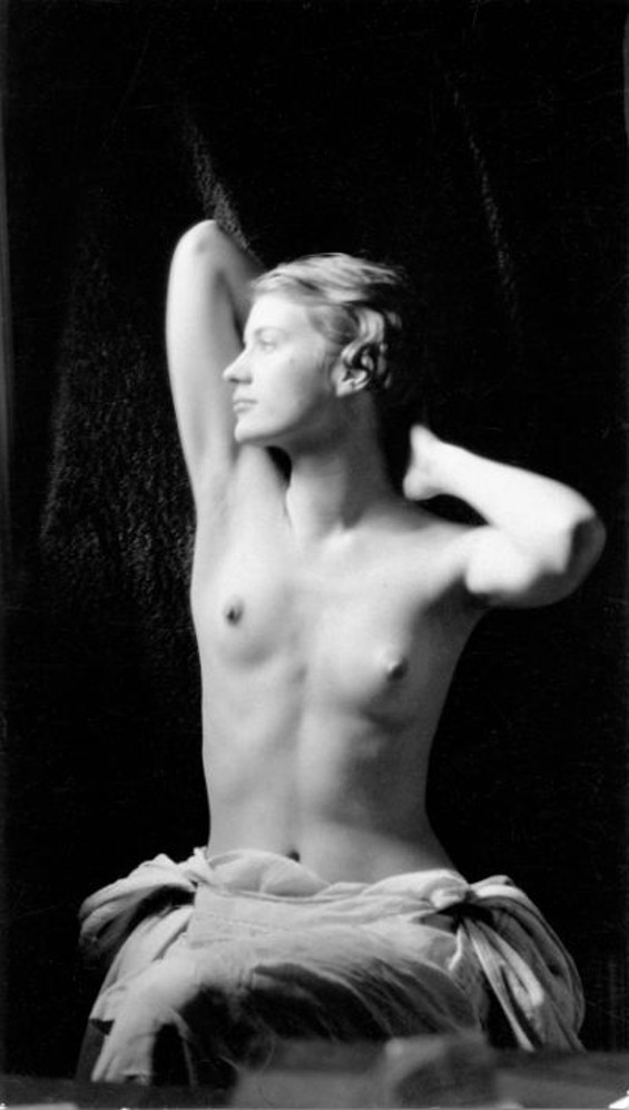 Man Ray (1890-1976), Lee Miller Nude with Sunray Lamp. c.1929