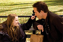 "Maya (Abigail Breslin) asks her dad (Ryan Reynolds) to tell her the ""romantic mystery"" of how her parents met."