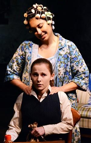 Michelle Jasso (Beatrice), Julia Belanoff (Tille) - JAY YAMADA
