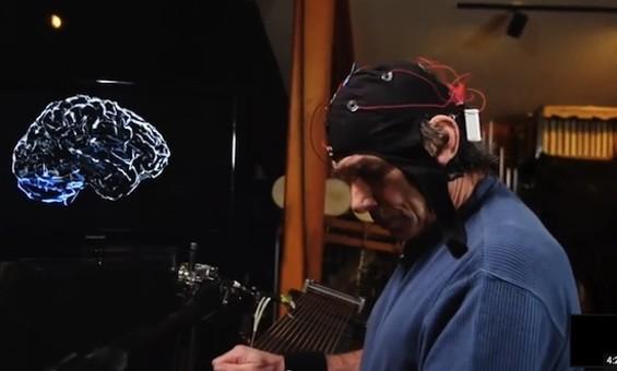 Mickey Hart and the brain machine.