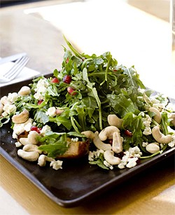 JEN SISKA - Mission Beach's salads: farmers' marketing.