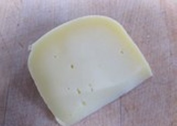Mixed Milk Cheeses: The Tasty Joys of Combining Goat and Cow