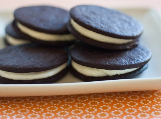 Mo's, Marge Bakery's mashup of the Oreo and the MoonPie. - MARGE BAKERY