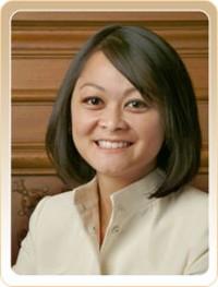 Ms. Popular, Carmen Chu