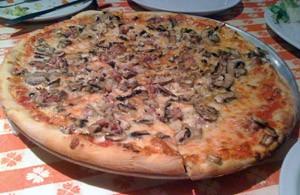 Mushroom-sausage pizza. - JONATHAN KAUFFMAN