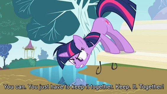 sc_58_mlpfim_s02e03_14_youjusthavetokeepittogether.jpg