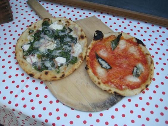 plaza_street_pizzas_thumb_500x375.jpg