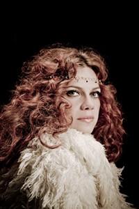 Nikka Costa: Show Preview
