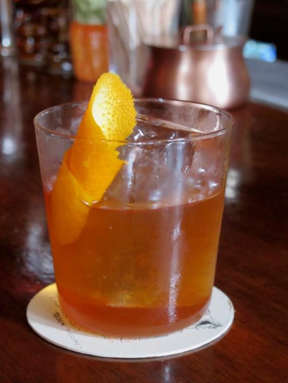 Old Grampian cocktail - LOU BUSTAMANTE