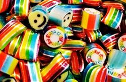 Papabubble's rainbow confections sometimes have messages inside. - INSTAGRAM/PAPABUBBLE