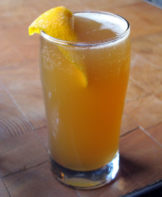Peach Blanket Barbecue beer cocktail - LOU BUSTAMANTE