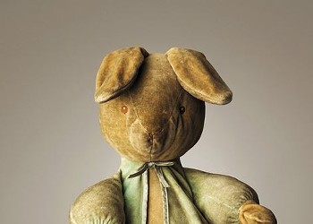 Tattered Teddies: Q&A with Photographer Mark Nixon on <em>Much Loved</em>'s Stuffed Companions Loved to Pieces