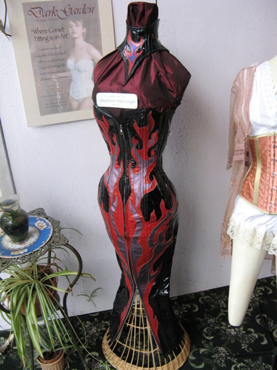corsetcinco_thumb_400x533.jpg