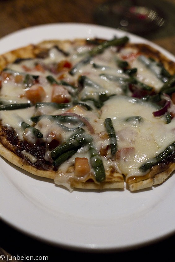 Pinakbet flatbread pizza. - JUN BELEN