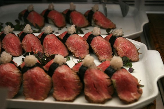 Roast beef nigiri at Delica Sushi Bar. - FLICKR/ANDREELAU