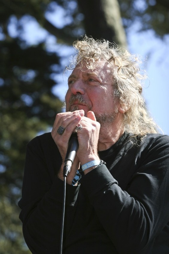 Robert Plant - CHRISTOPHER VICTORIO