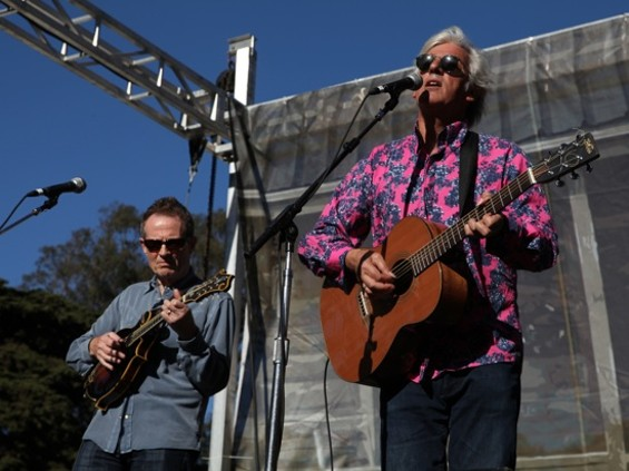 Robyn Hitchcock with John Paul Jones - DAVE PEHLING