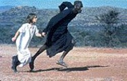 Run to You: Regina (Lea Kurka) and Owuor (Sidede - Onyulo) become fast friends.
