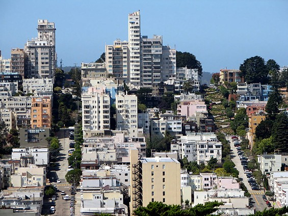 Russian Hill, seen from Telegraph Hill, San Francisco, California, USA - BERNARD GAGNON