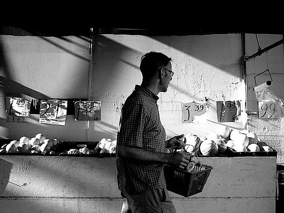 Shadowy man in a shadowy city - ALL PHOTOS   |   IAN WANG