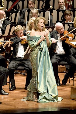 KRISTEN LOKEN ANSTEY - Soprano Renée Fleming works for her ovation.-