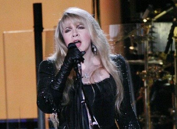 Stevie Nicks at Fleetwood Mac's 2009 performance in Oakland - CHRISTOPHER VICTORIO