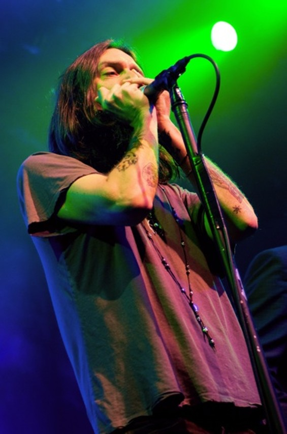 Sunday Night The Black Crowes Begin Their Last Stand At The