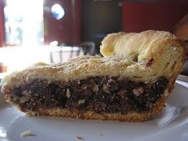 Sunde's date pie. - PIEFRIDAYS.BLOGSPOT.COM