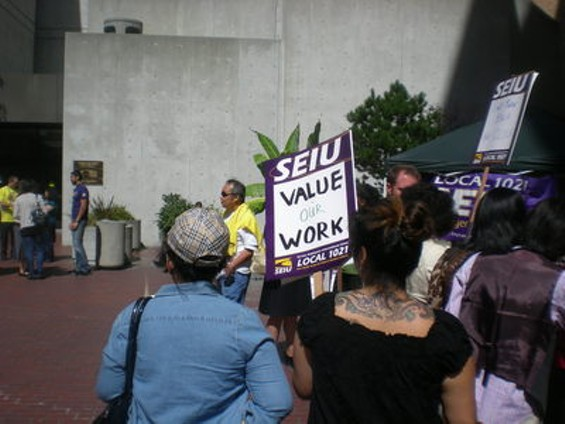 Supervisor John Avalos speaks at today's SEIU rally