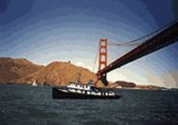 ZANNAH  NOE - The 1936 tugboat Robert Gray offers maritime history - tours of the Bay.