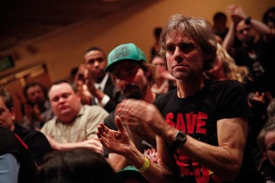 The crowd - CHRIS STEVENS