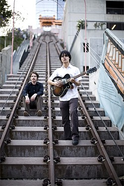 The Dodos: It takes two to make a thing go right.