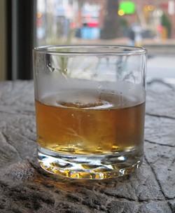 The King's Men cocktail - LOU BUSTAMANTE
