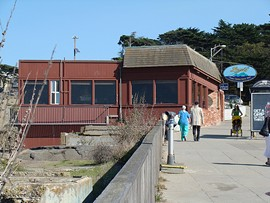 The long-term lease for the diner space near the Cliff House is going out for bid. - EASYWRITERGUY/FLICKR