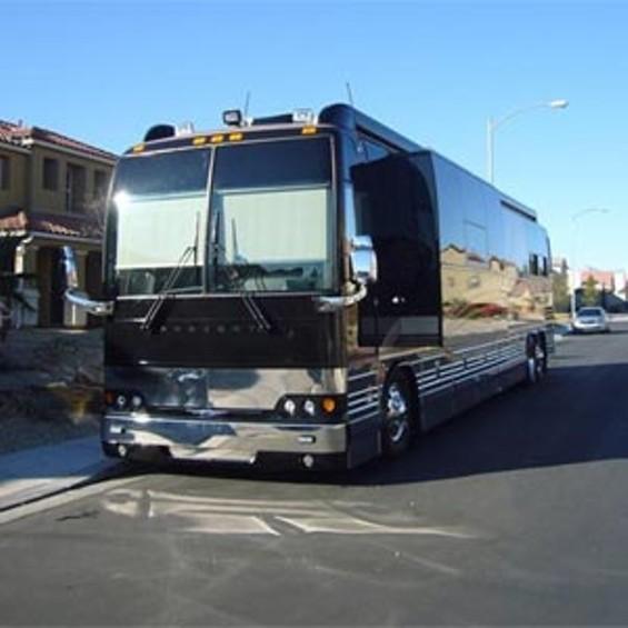 bb_king_tour_bus.jpg