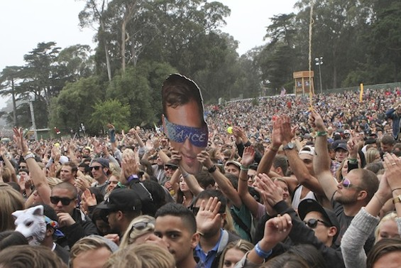 The Outside Lands masses on Sunday - CHRISTOPHER VICTORIO